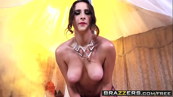 Brazzers mom, Anal babe