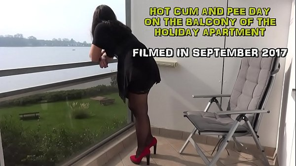 Piss, Outdoor, Swallowing