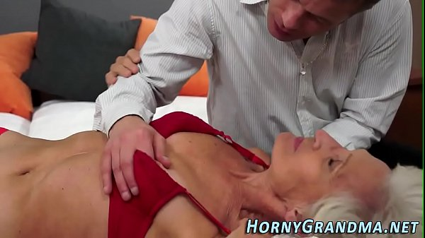 Cum in mouth, Oldwoman