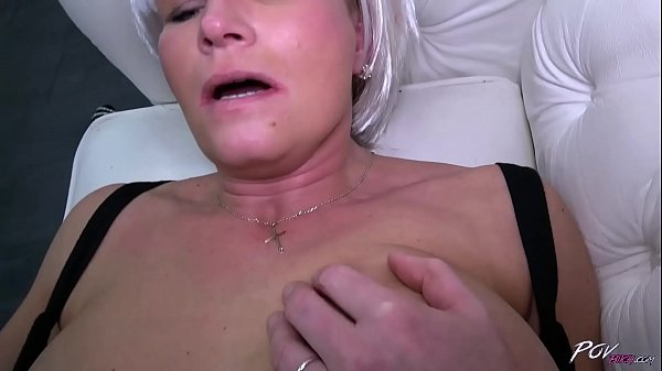 Cum in mouth, Big dick, Mom swallows