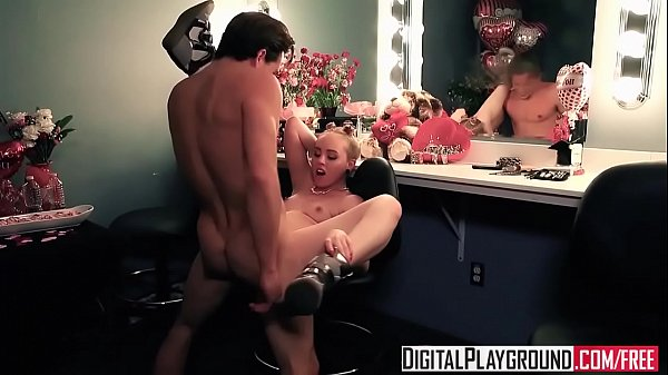 Small anal, Miley, Blonde mom