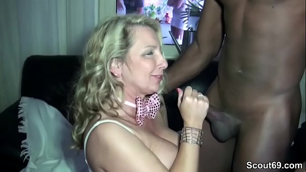 Party mature, Old milf