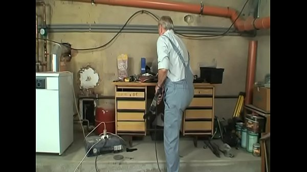 Old man, Yoga, Dirty anal, Squirt man, Old man anal, Mom anal